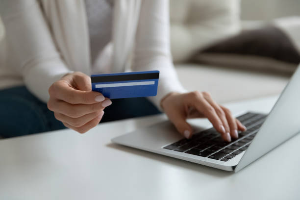 Young Adults – Watch Out for the Onslaught of Credit Card Offers